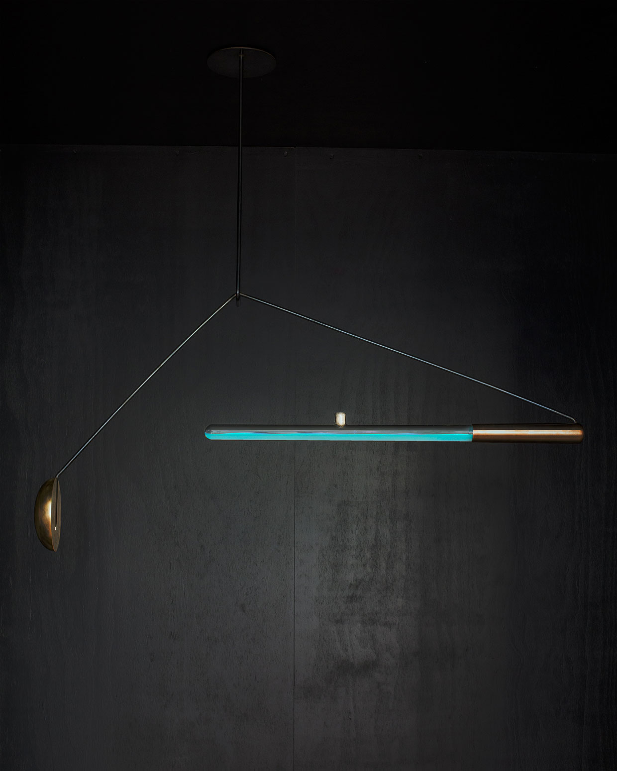 Ambio bacterial lamp by Teresa van Dongen | Yellowtrace