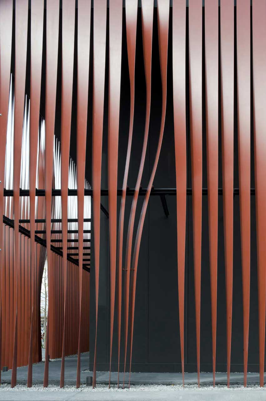 Nebuta-no-ie Warasse / Molo, d/dt, Frank La Riviere Architects | Yellowtrace
