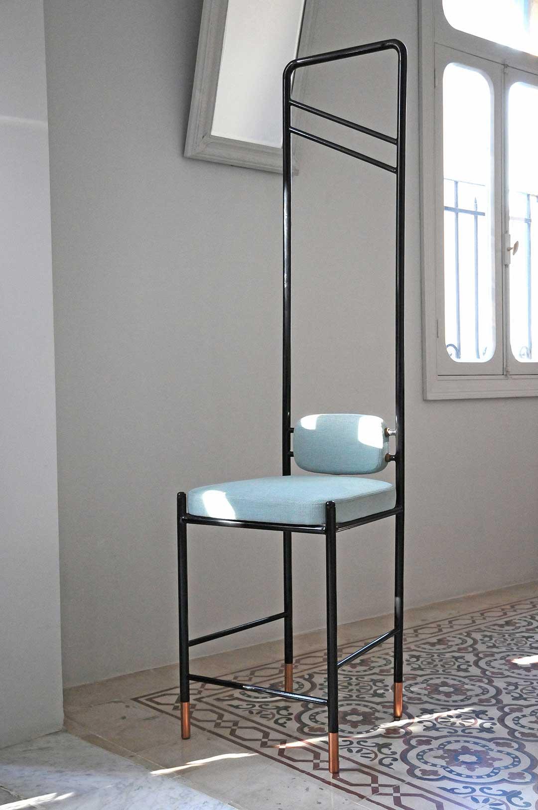 'Guillotine' High Chair by david/nicolas | Yellowtrace