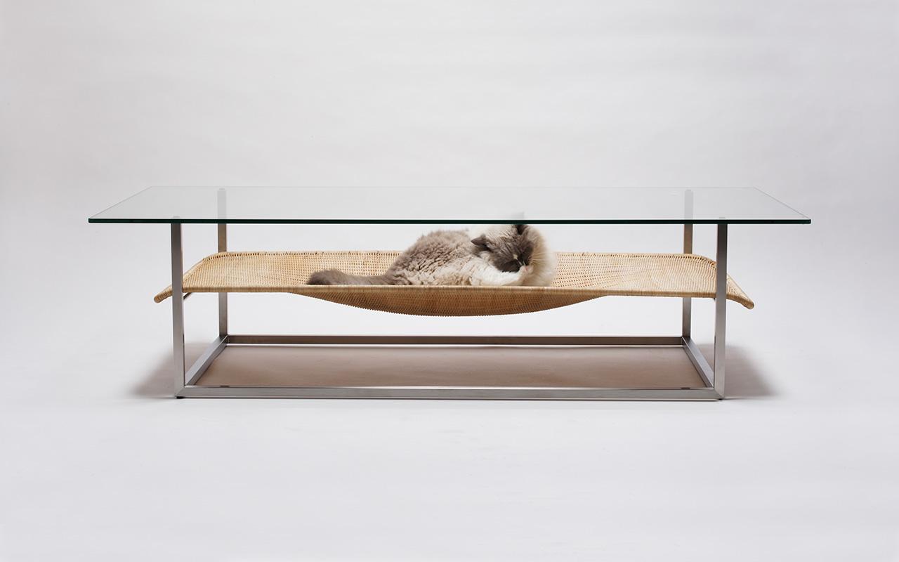 Hammock Table by Koichi Futatsumata | Yellowtrace
