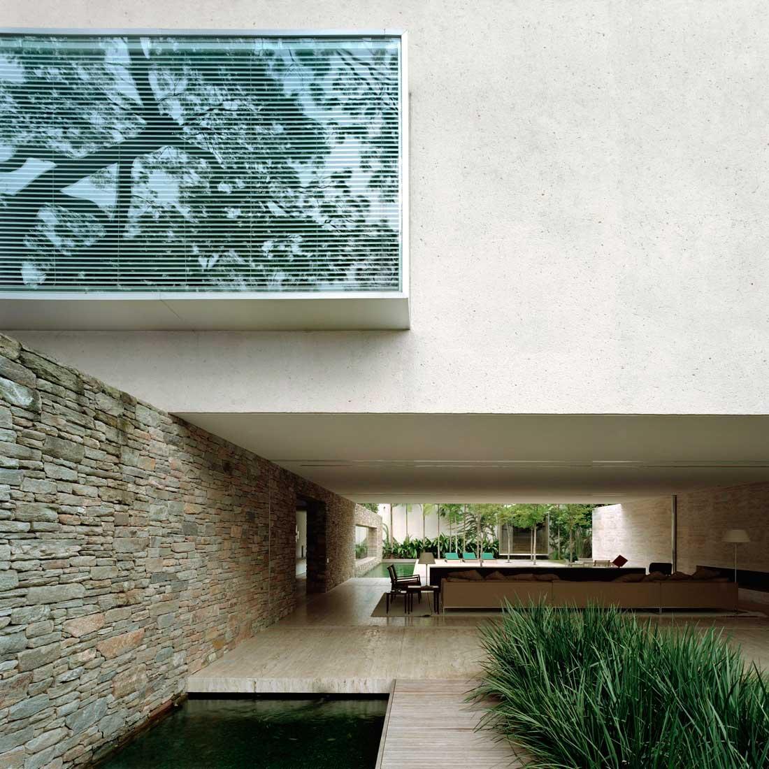 Mirindaba House by Marcio Kogan | Yellowtrace