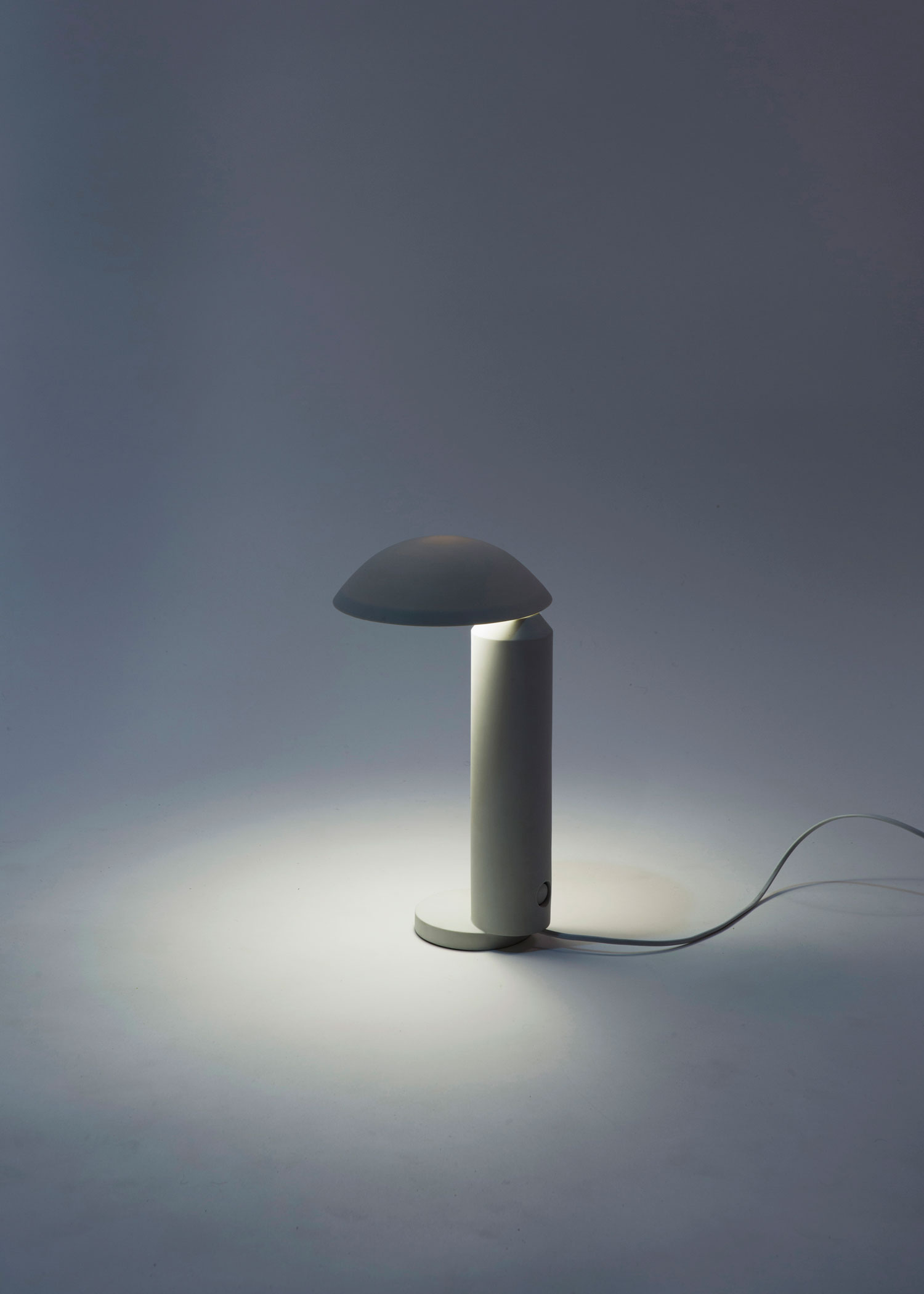 Abyss Desk Lamp by Tobias Nitsche, Manuel Amaral Netto & Cesare Bizzotto | Yellowtrace