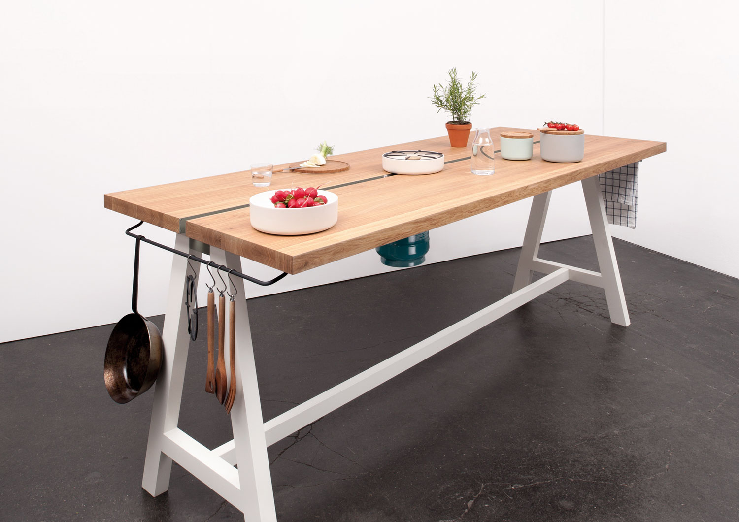 The Cooking Table Moritz Putzier | Yellowtrace