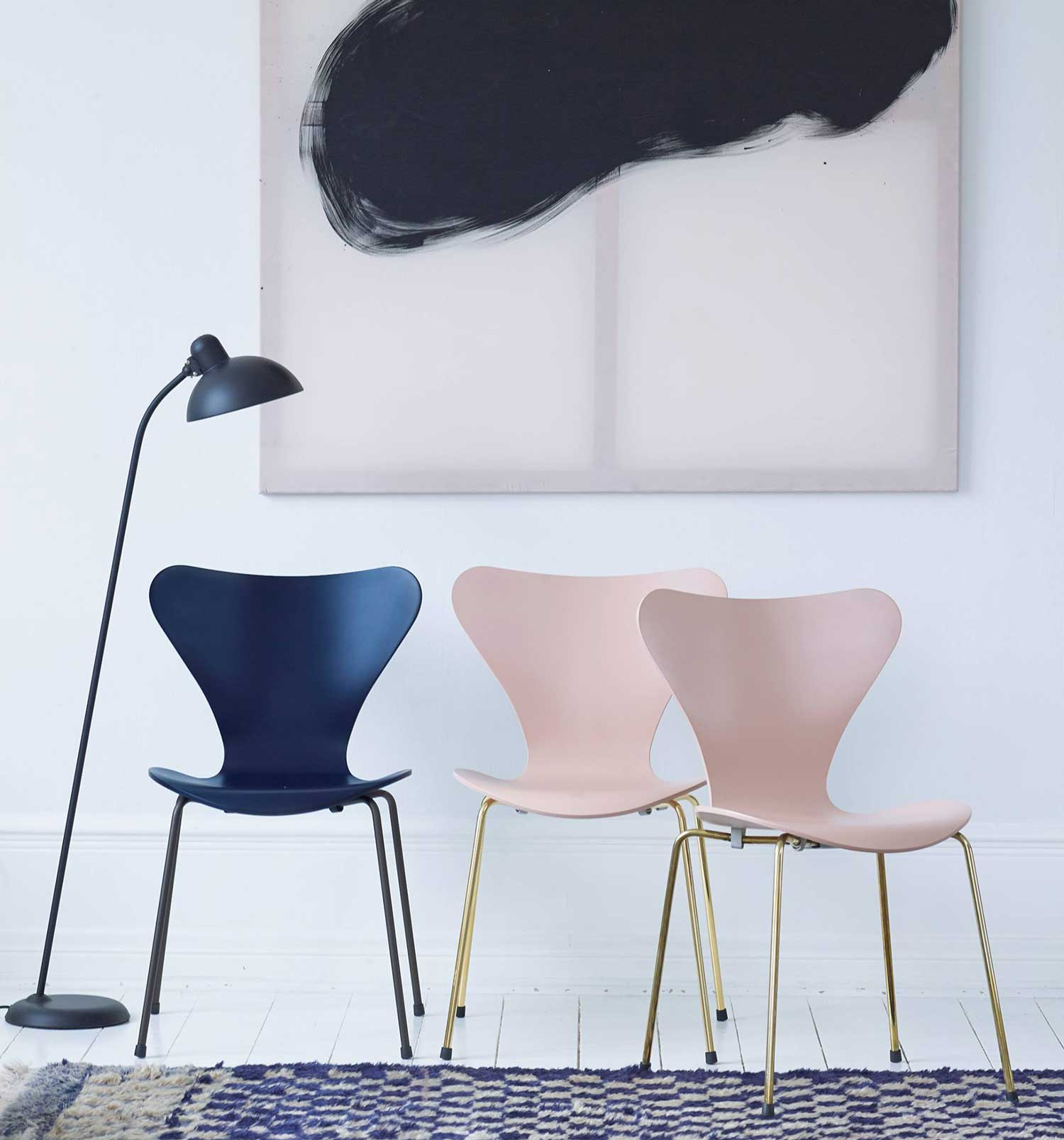 60th anniversary of fritz hansen 39 s series 7 chair. Black Bedroom Furniture Sets. Home Design Ideas