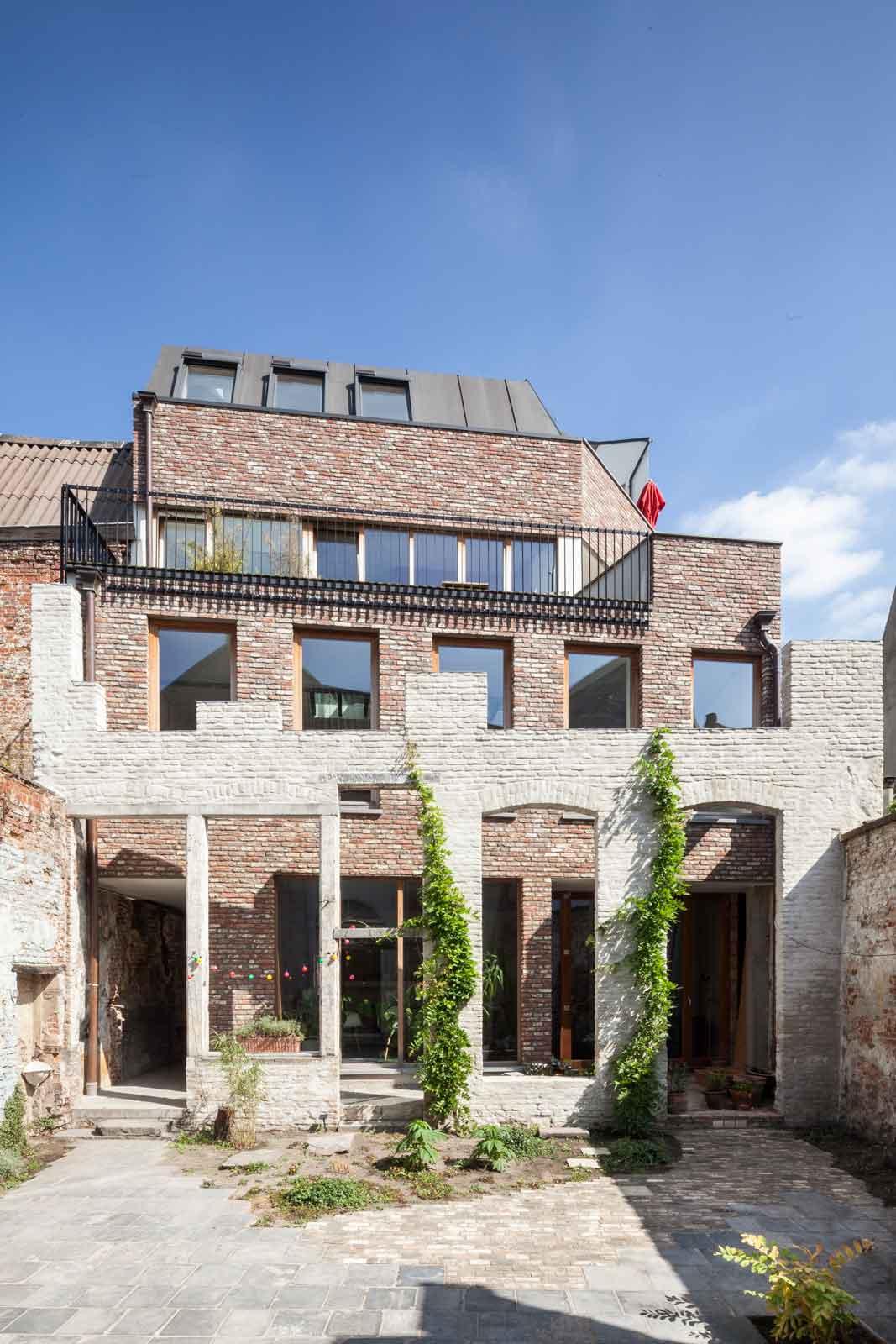 Gewad in Ghent, Belgium by Atelier Vens Vanbelle | Yellowtrace