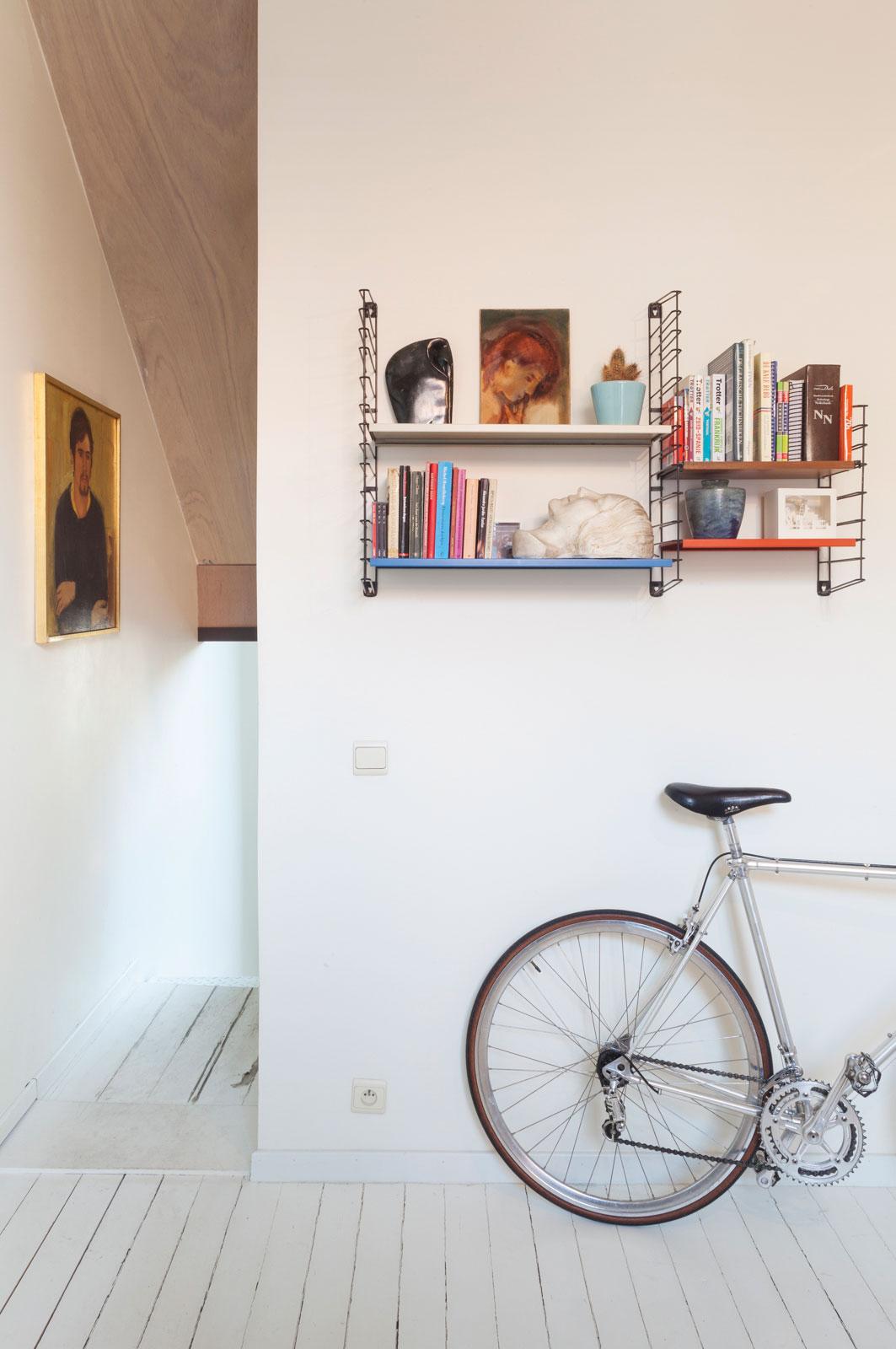 Tijl and Indra in Ghent, Belgium by Atelier Vens Vanbelle