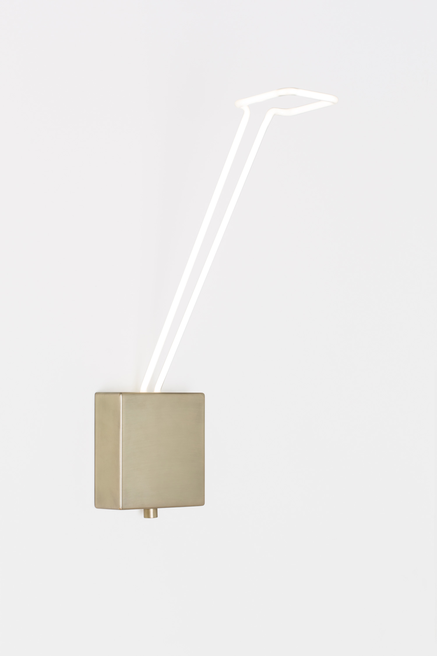 Light Line Sconce by Mary Wallis for Lindsey Adelman | Yellowtrace