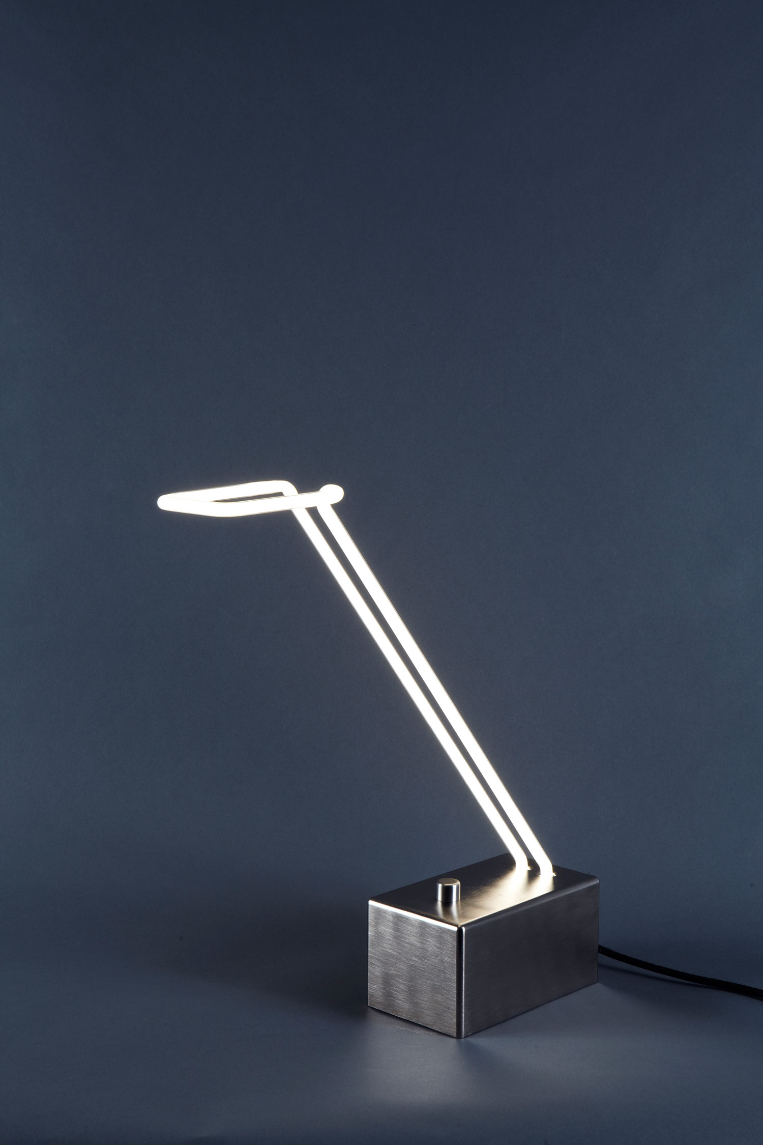 Light Line Table Lamp by Mary Wallis for Lindsey Adelman | Yellowtrace