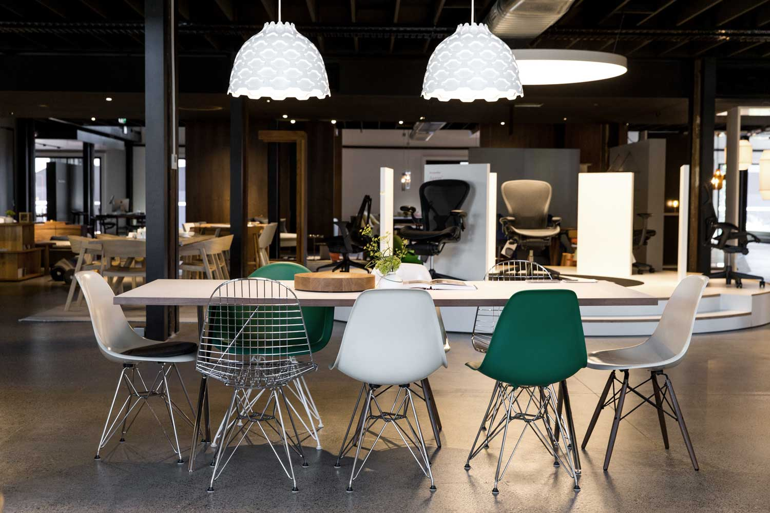 living edge lighting. on tuesday 10th february, australia\u0027s leading furniture supplier living edge welcomed high profile international and domestic guests into it\u0027s new state-of lighting s