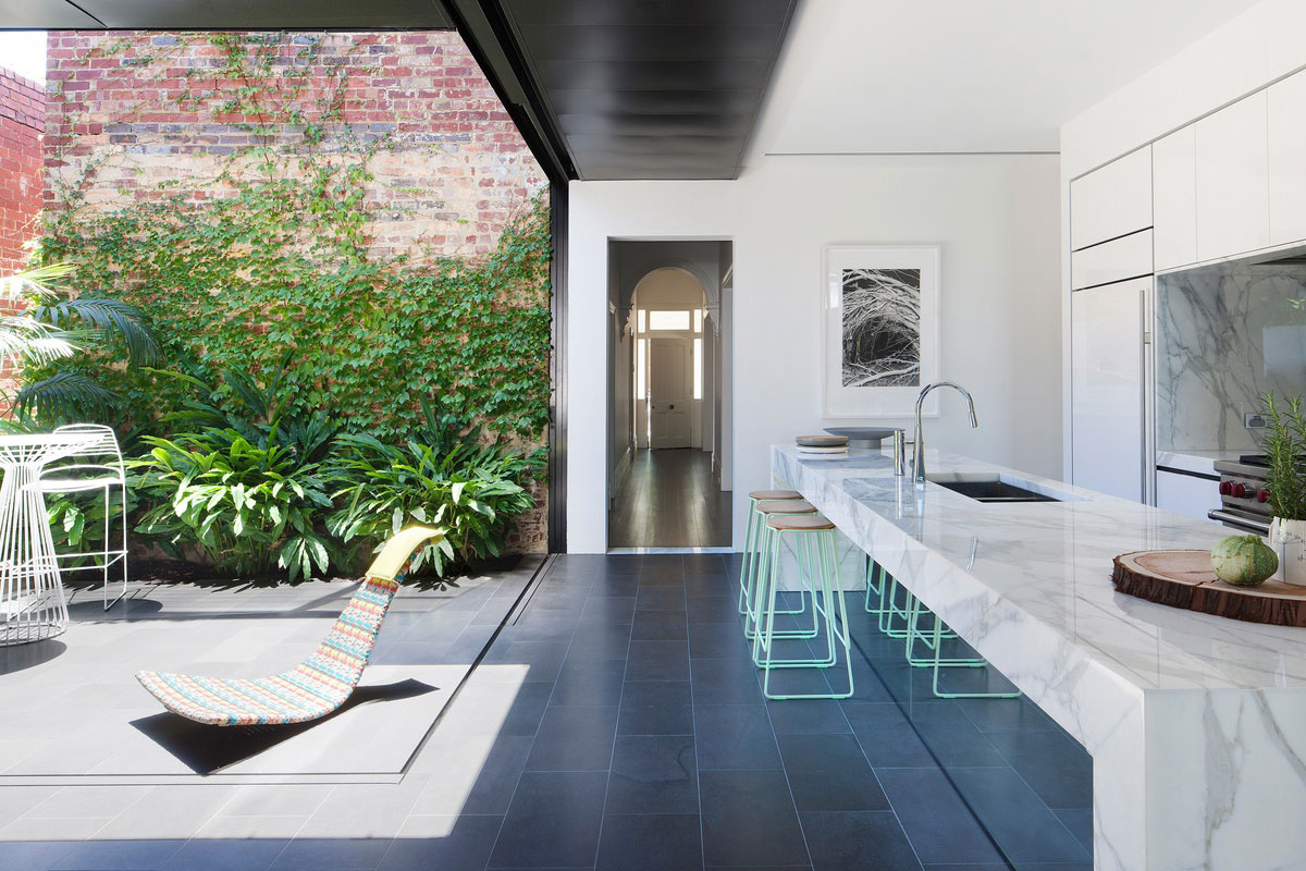 Abstract House by Matt Gibson Architecture & Design. Photo by Shannon McGrath   Yellowtrace
