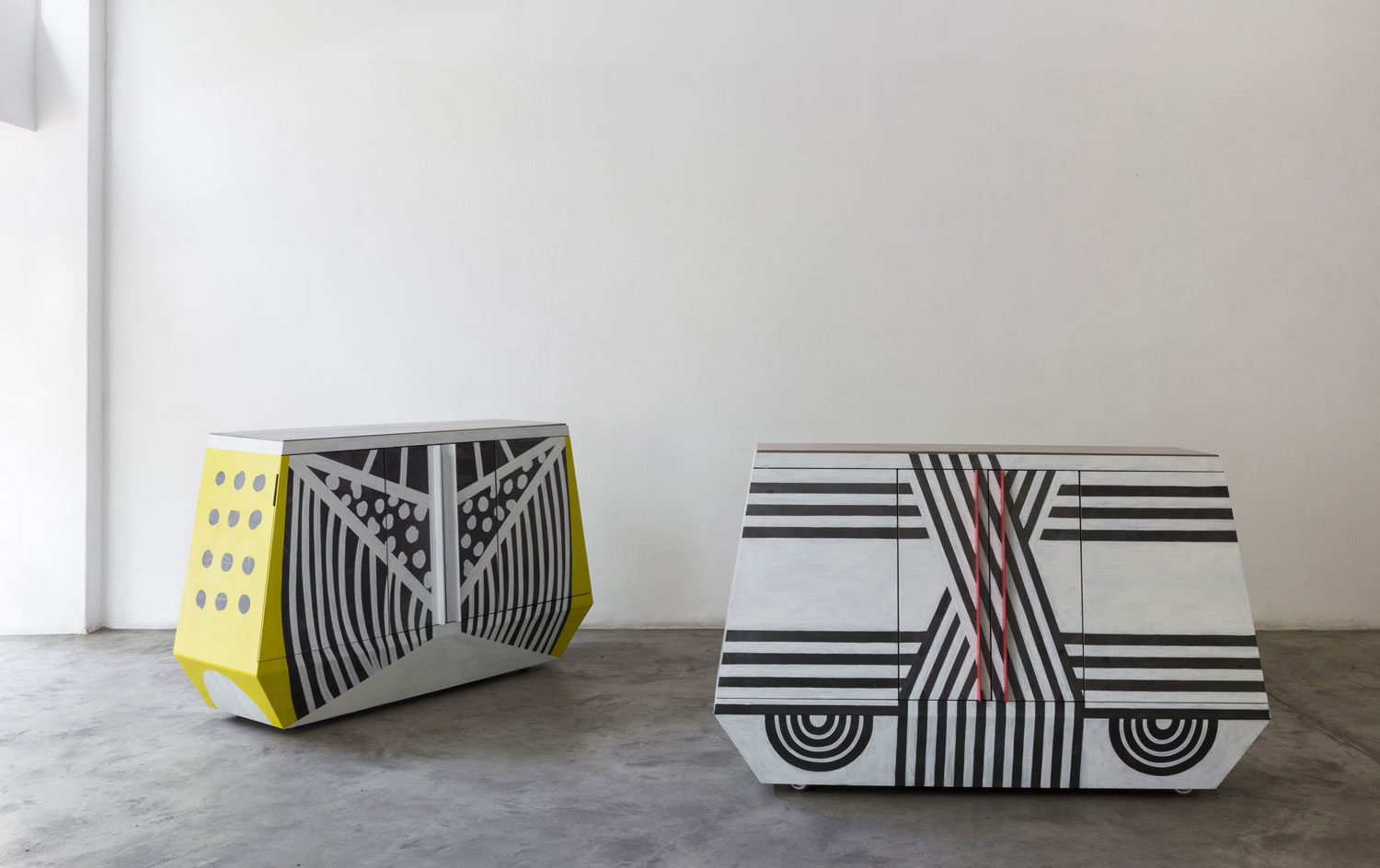 Boomerange Bench Design Days Dubai 2015 | Yellowtrace