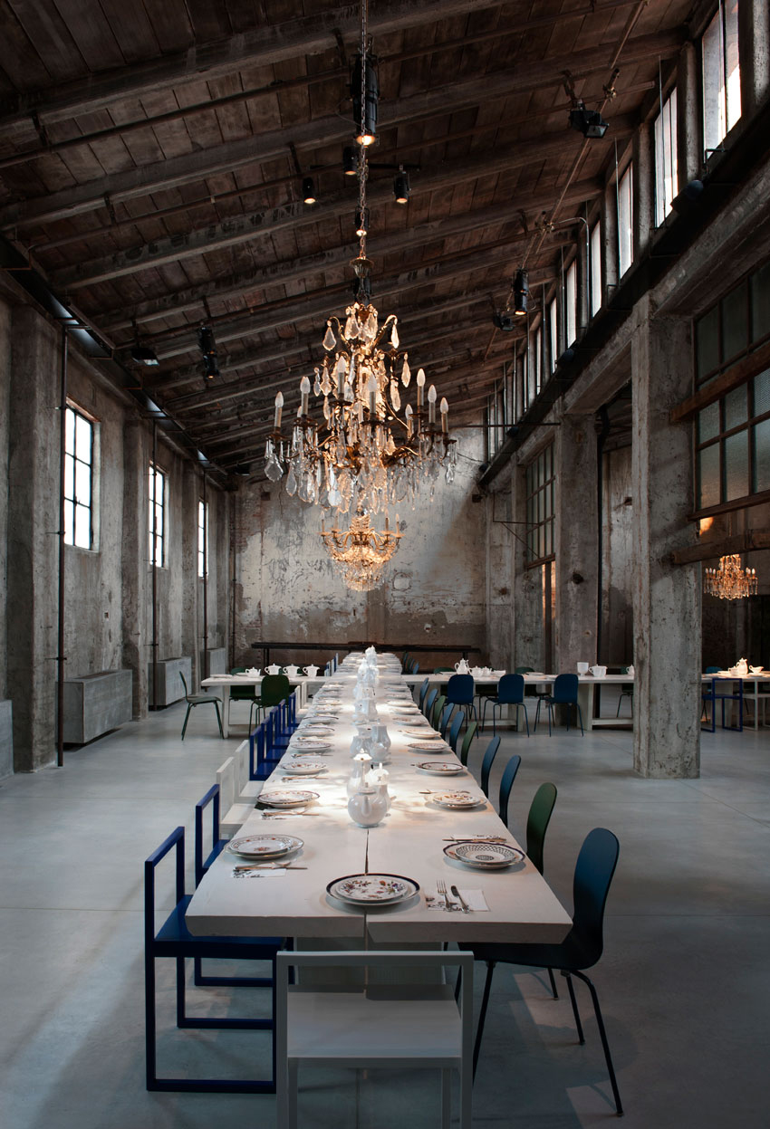 Carlo e camilla in segheria milan restaurant yellowtrace for Industrial designer milano