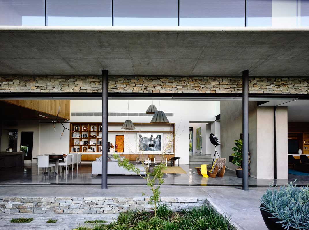 Concrete House by Matt Gibson Architectuure & Design. Photo by Derek Swalwell | Yellowtrace