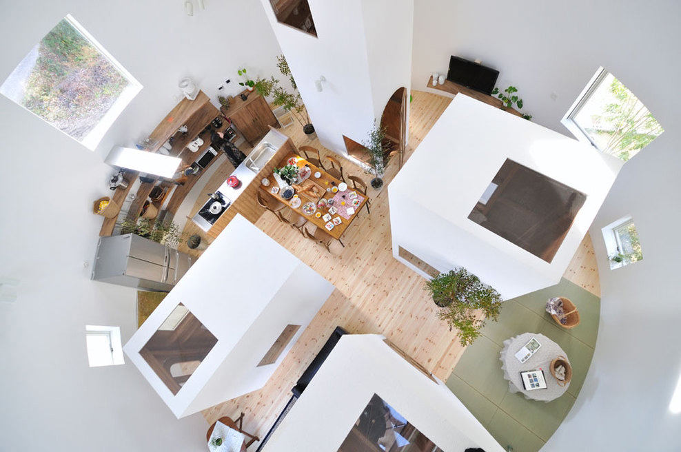 House in Chiharada by Studio Velocity | Yellowtrace