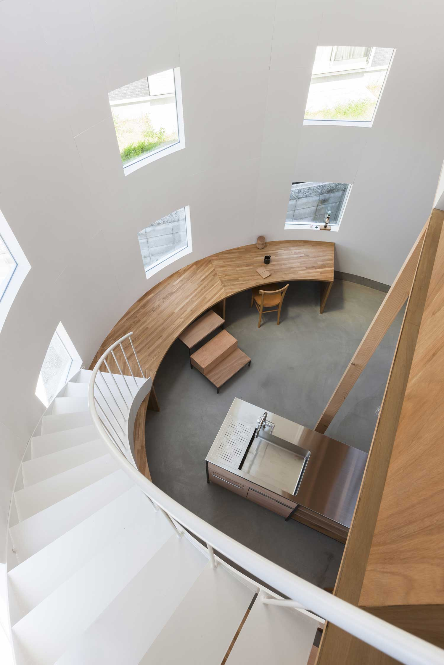 House in Hikone by Tato Architects | Yellowtrace