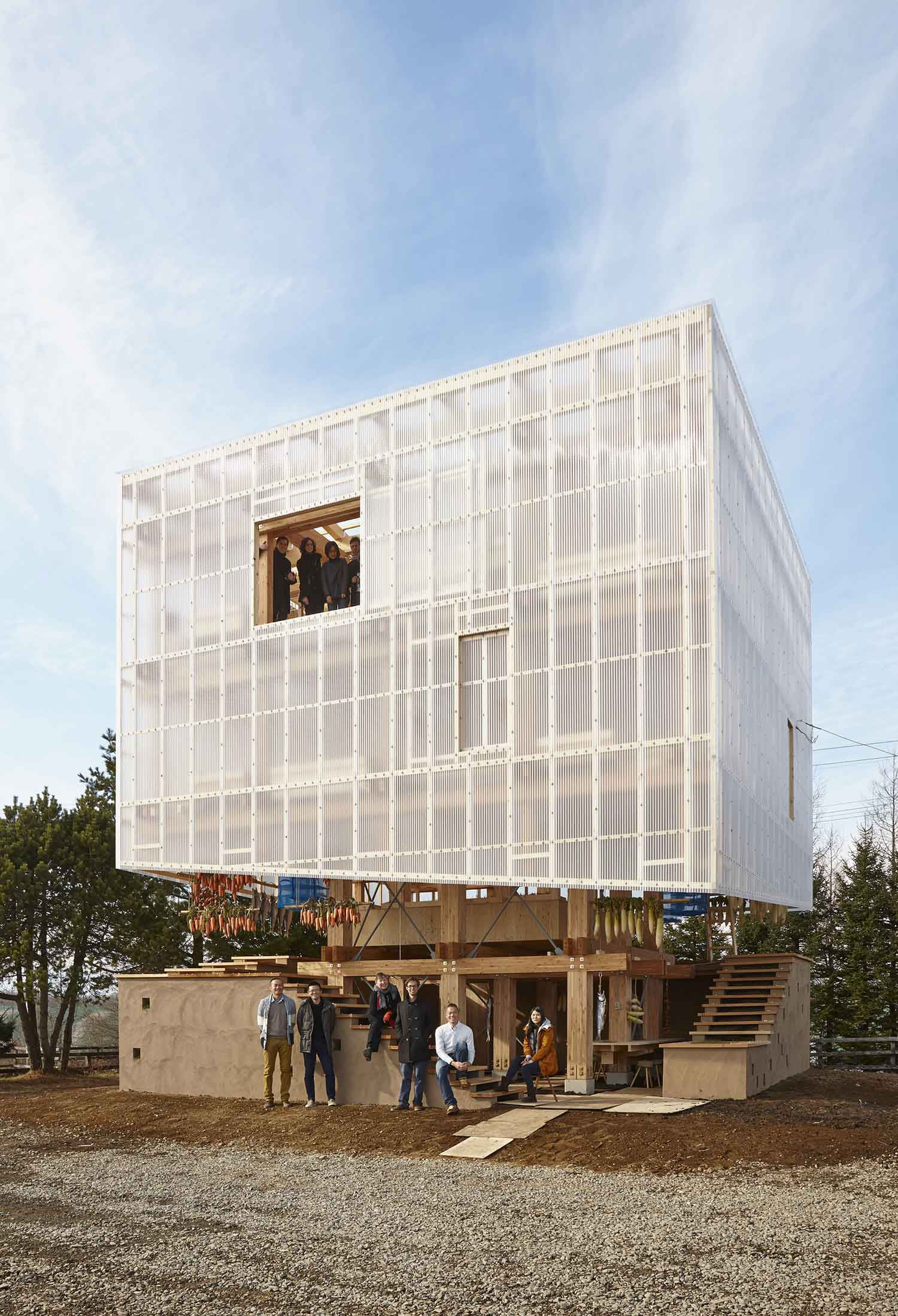 Design By: Nest We Grow By Kengo Kuma + UC Berkeley Students