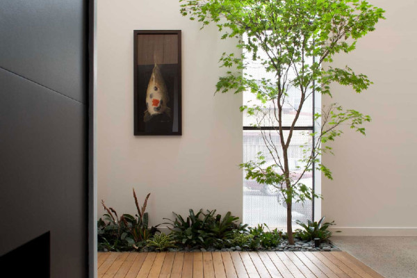 Three Storey Melbourne Residence by Pleysier Perkins | Yellowtrace