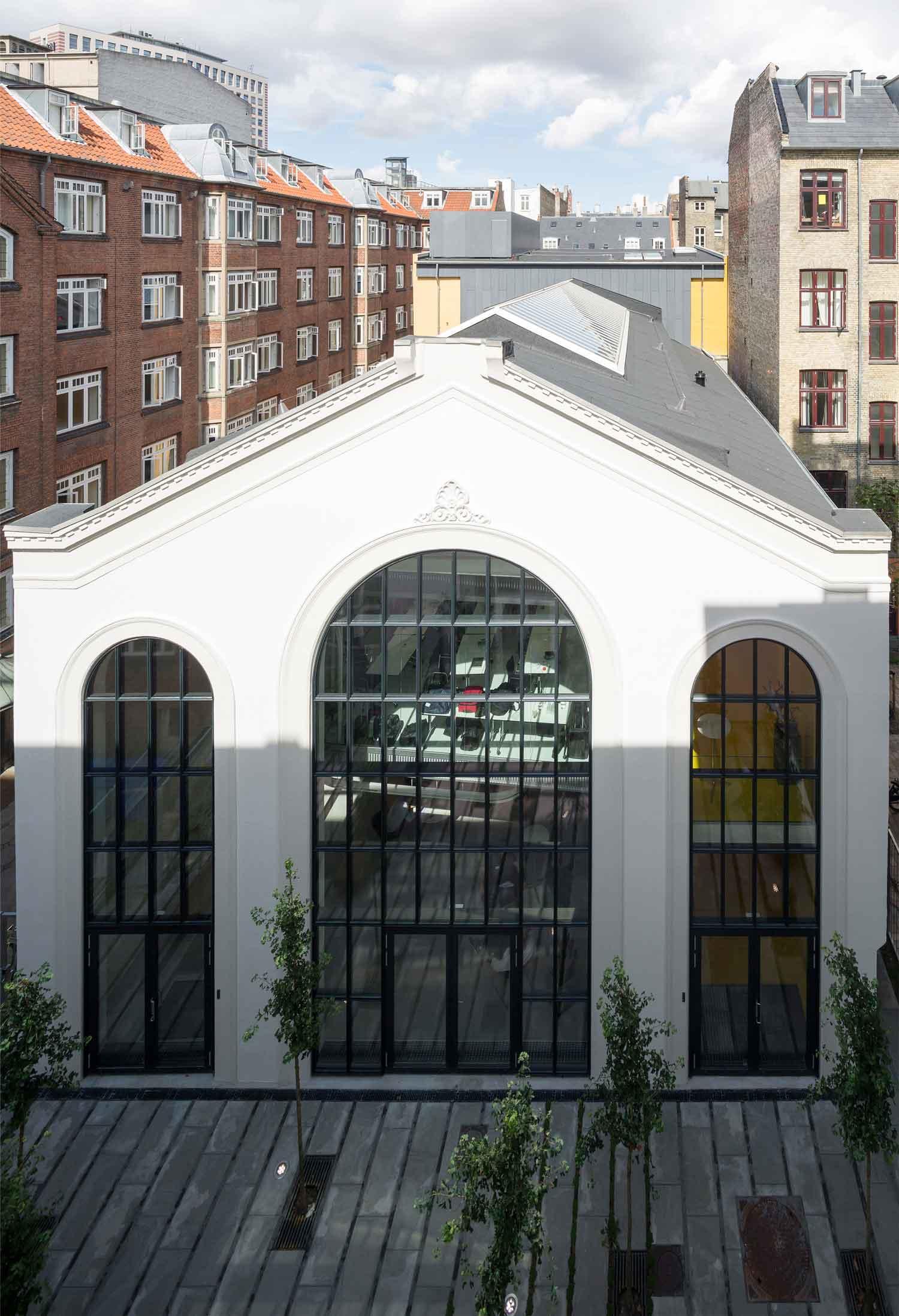 Valencia Dance Pavilion by Dorte Mandrup Arkitekter | Yellowtrace