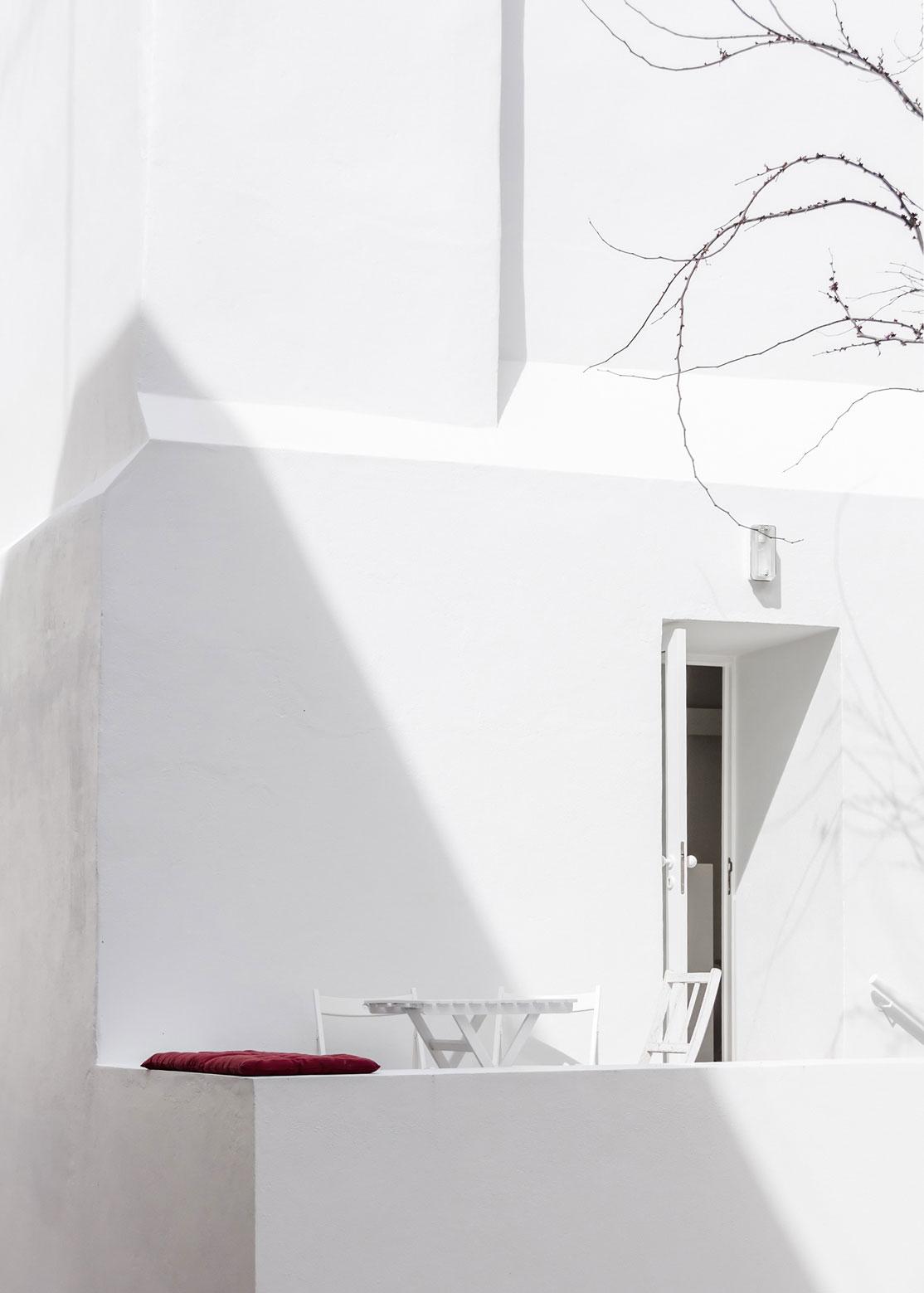 Casa da Severa by Jose Adriao Arquitectos | Yellowtrace