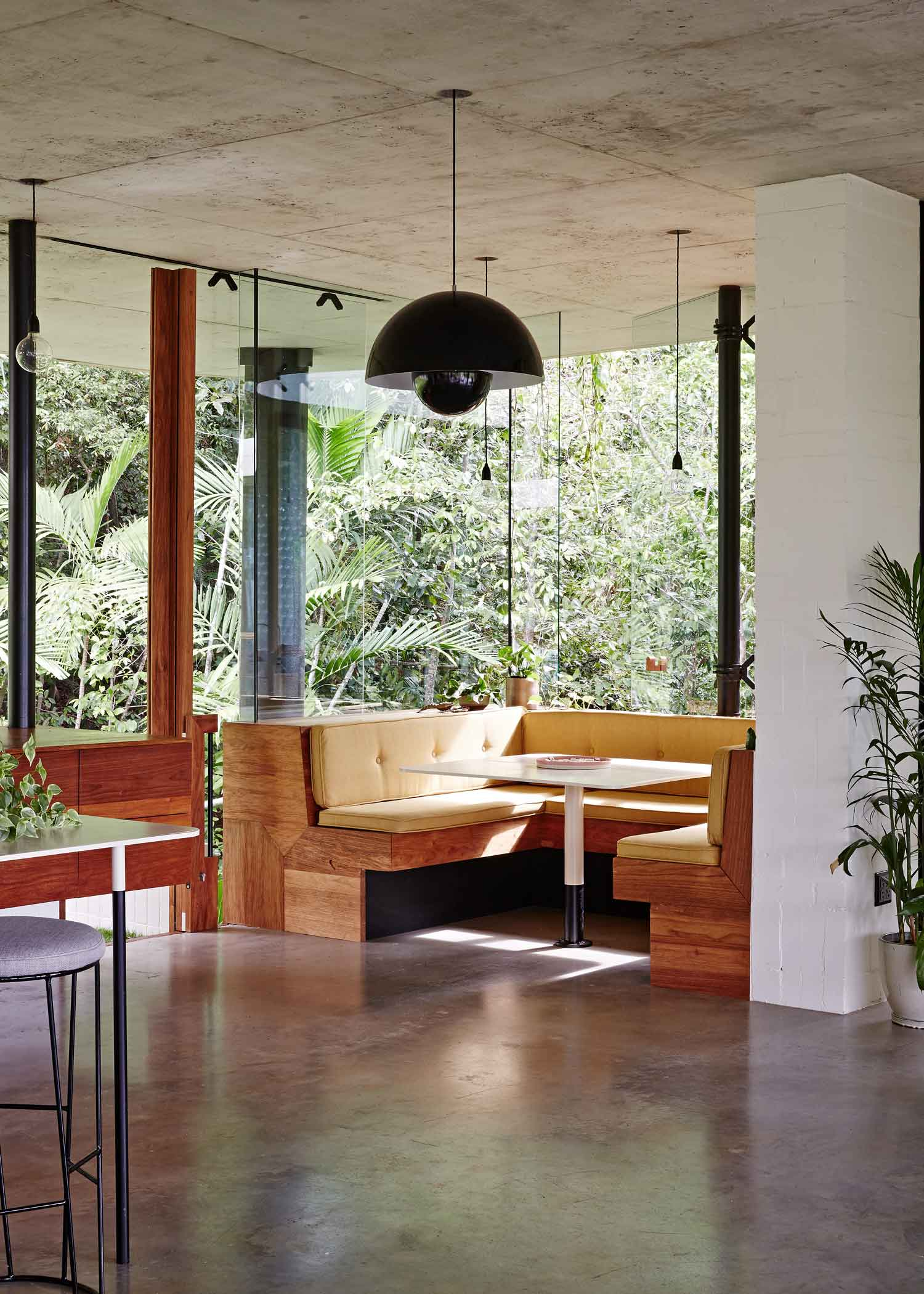 Planchonella House Jesse Bennett Architect | Yellowtrace