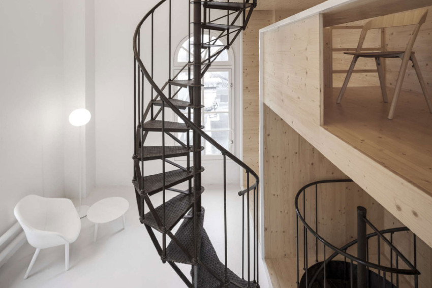 Studio Space Inside a Tower on the Roof of Amsterdam Department Store by i29 Architects | Yellowtrace