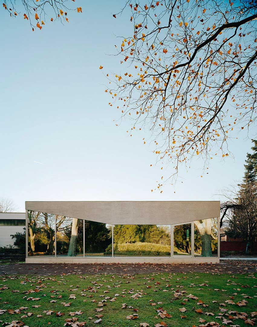 Cafe Pavilion by AMUNT | Yellowtrace