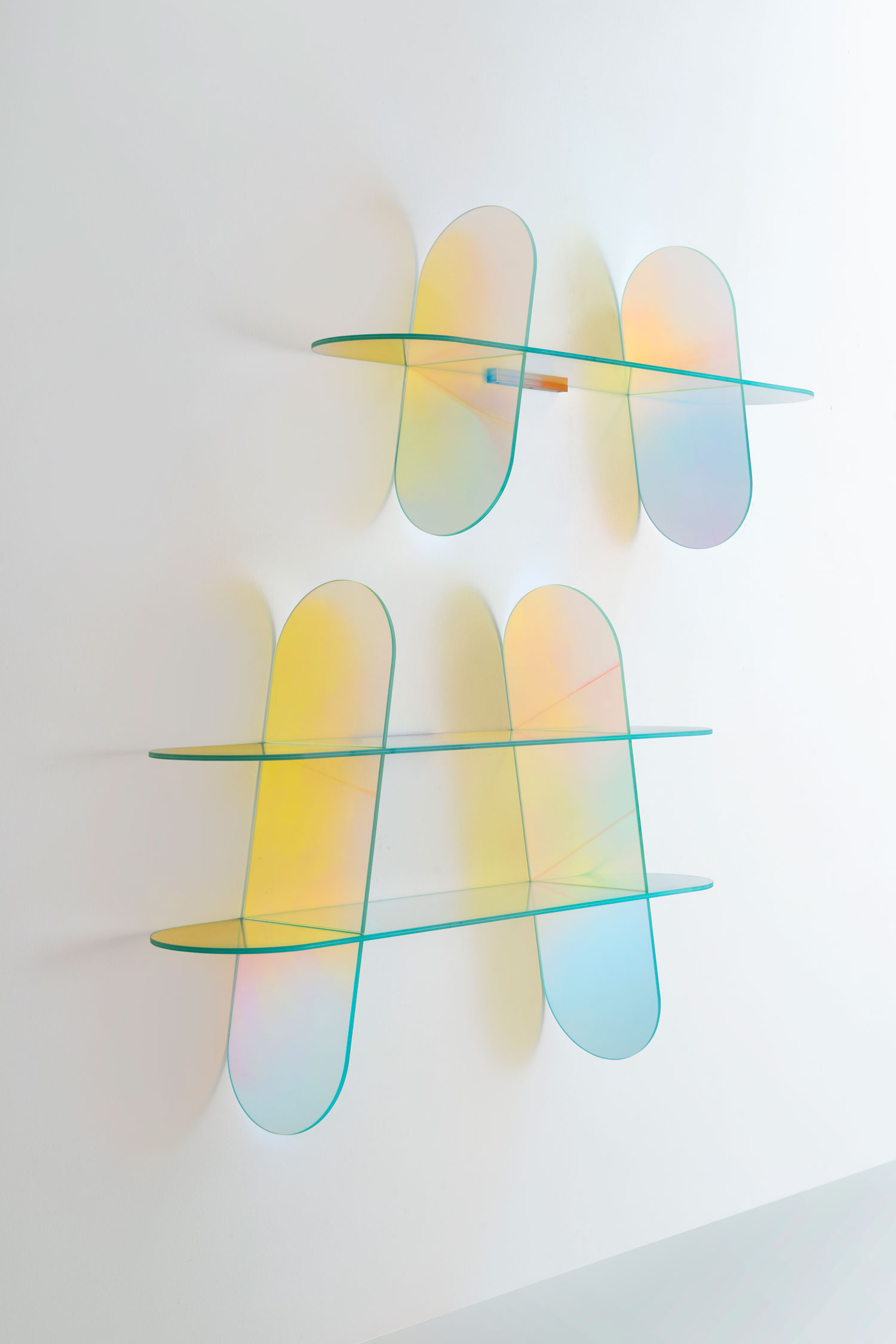 Glas Italia SHIMMER shelf by Patricia Urquiola - Best of Salone Del Mobile 2015   Yellowtrace