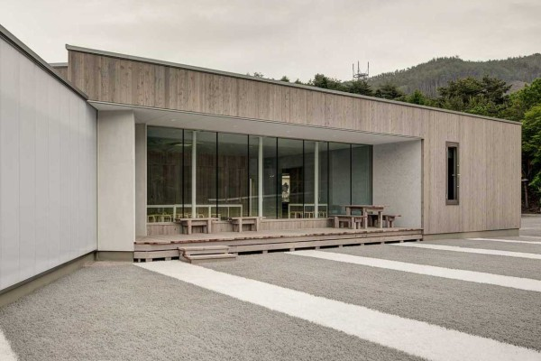 Oranadajima Community House Project in Japan by Martin van der Linden | Yellowtrace