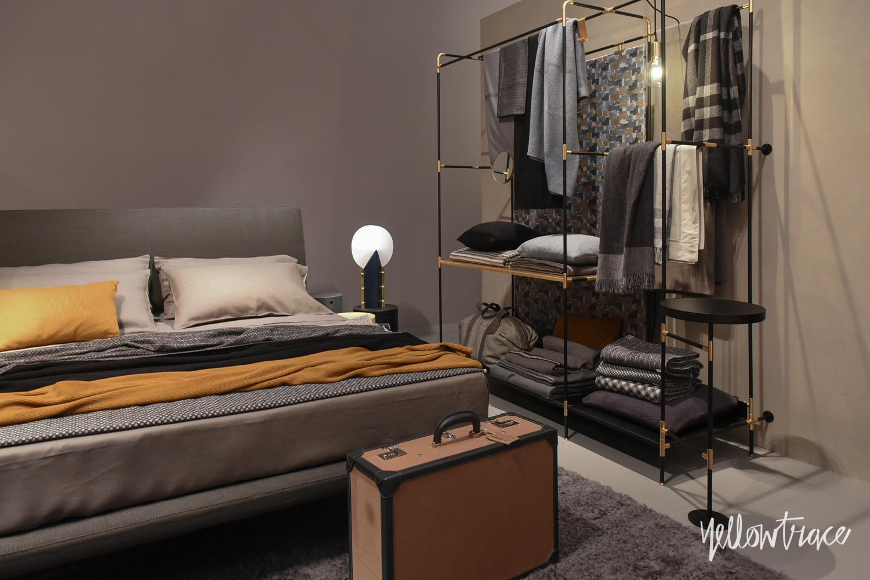Big brand furniture stands at salone del mobile 2015 - Lit zanzariera ivano redaelli ...
