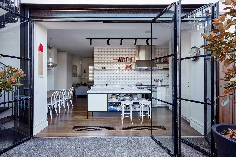 Faraday House by MA Architects. Photo Derek Swalwell | Yellowtrace