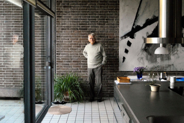 Home of Famed Danish Architect & Industrial Designer Knud Holsche | Yellowtrace