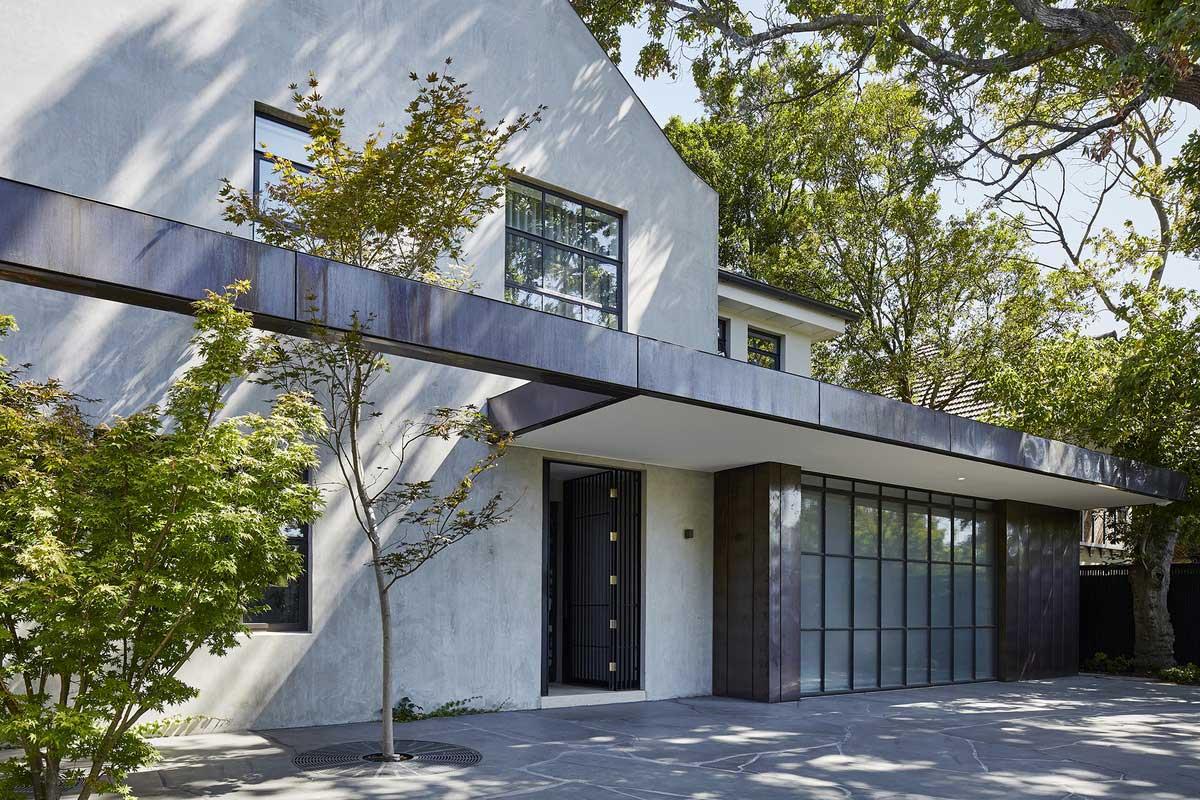 Hopetoun Road Residence by B.E Architecture. Photo Peter Clarke | Yellowtrace
