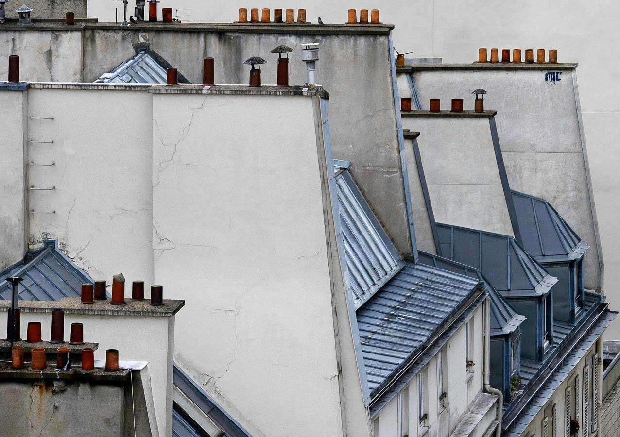 Paris Roof Tops Photographed by Michael Wolf | Yellowtrace