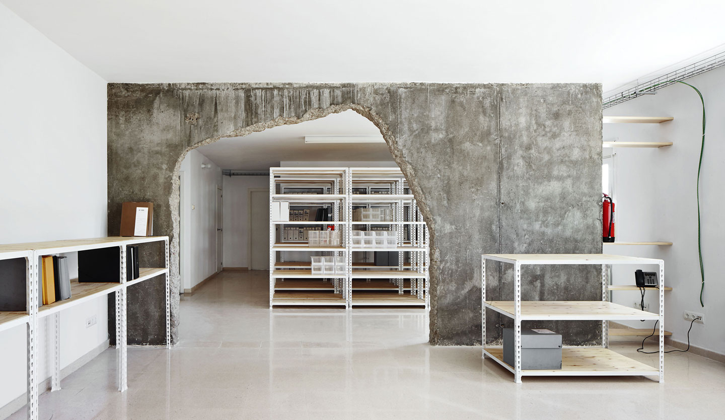 Reform of Two Places by Cifuentes Olivier Arquitectes | Yellowtrace