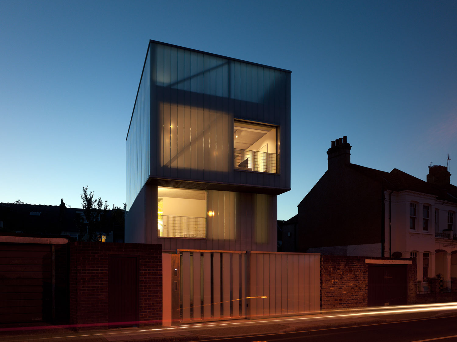 Slip House by Carl Turner Architect / Photo Richard Glover   Yellowtrace