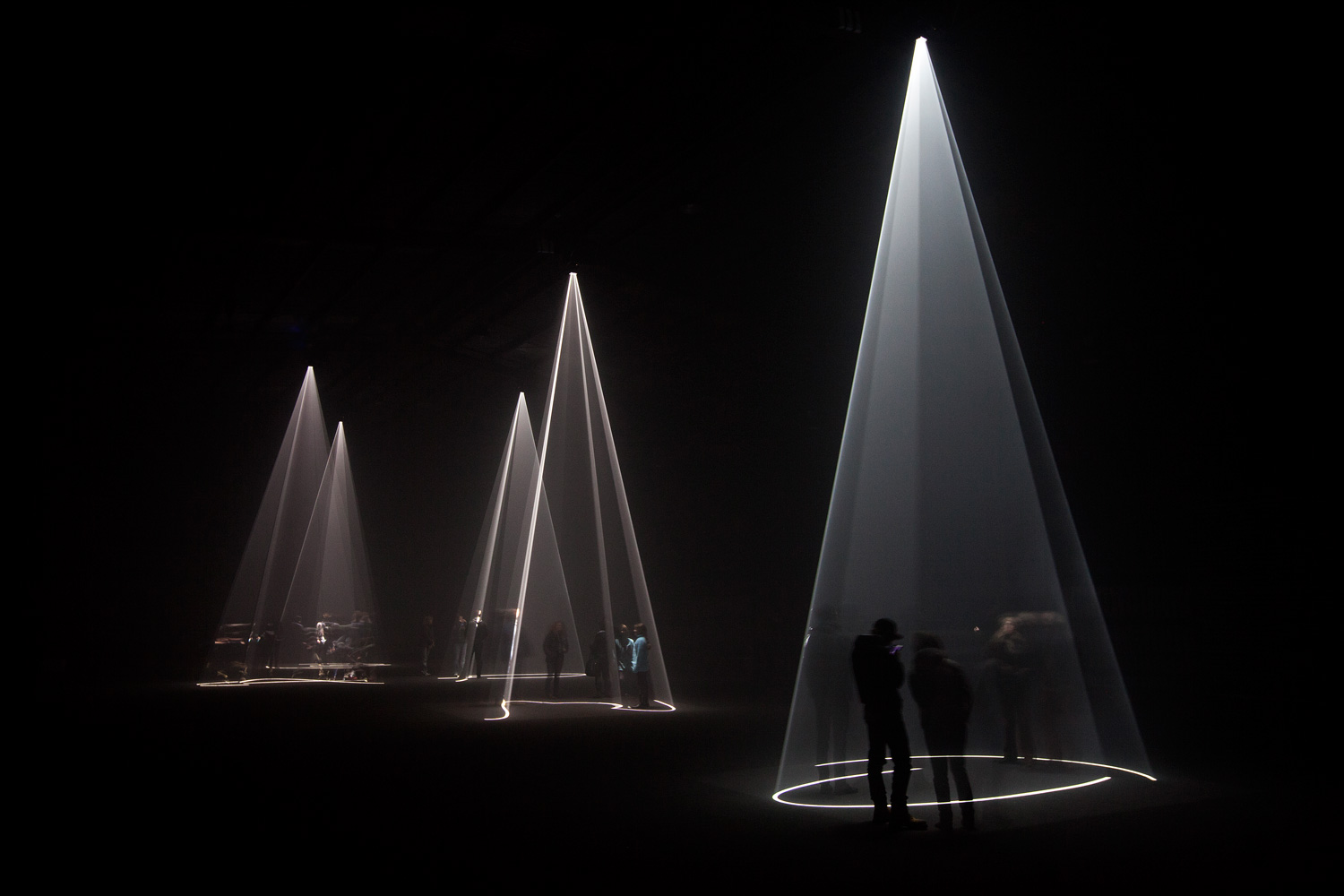 Solid Light Works by Anthony McCall | Yellowtrace