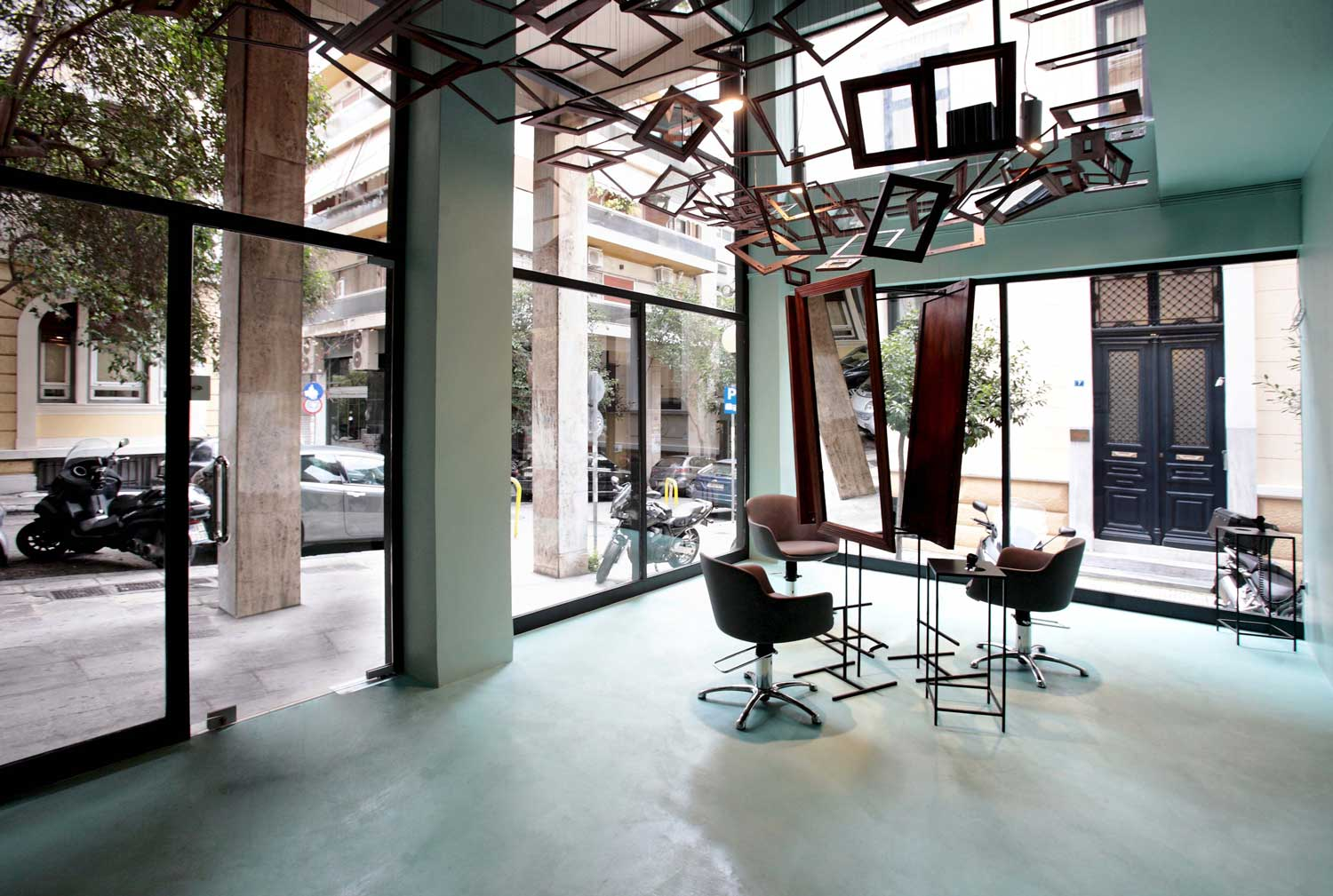 Talking Heads Hair Salon in Athens by bureau de change | Yellowtrace
