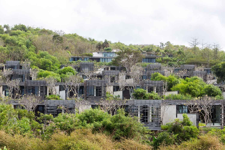 Alila Villas Uluwatu Photographed by Tom Ferguson | Yellowtrace