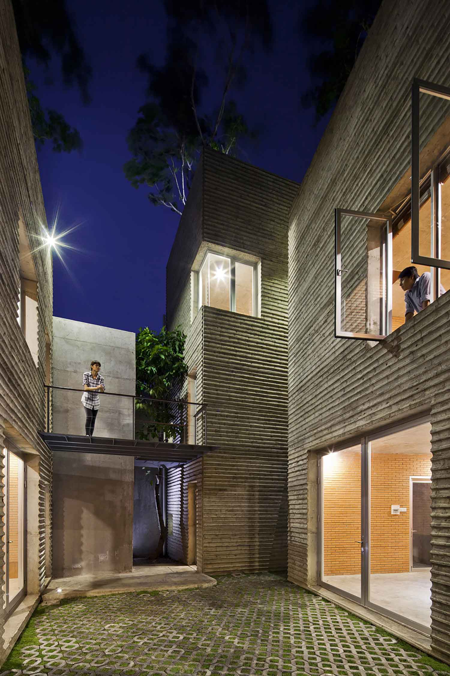 house for trees by vo trong nghia architects yellowtrace. Black Bedroom Furniture Sets. Home Design Ideas