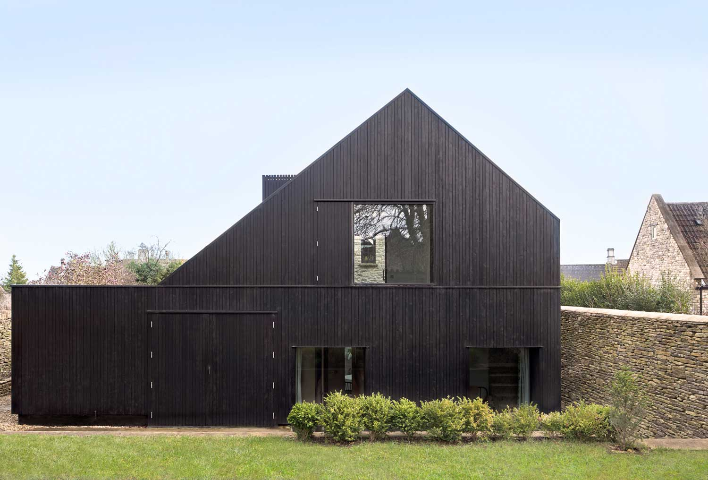 Shadow House by Jonathan Tuckey | Yellowtrace