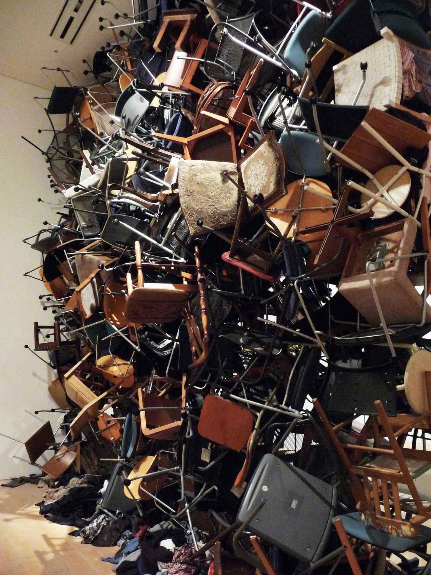 A Wall of 300 Chairs by Fumiko Kobayashi | Yellowtrace