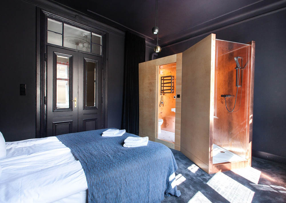 Autor rooms warsaw by mamastudio yellowtrace for Historic boutique hotel