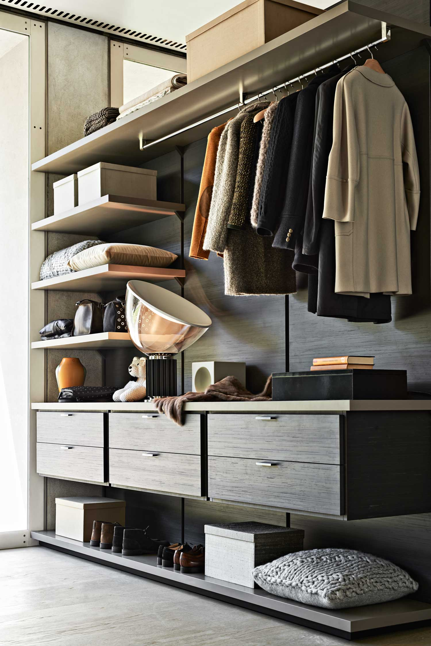 molteni c wardrobe systems launch at hub yellowtrace. Black Bedroom Furniture Sets. Home Design Ideas