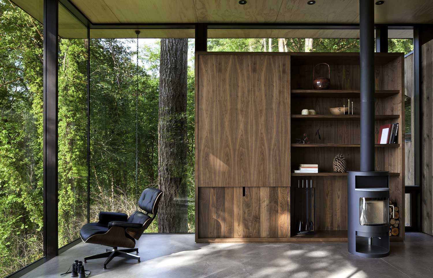 Case Inlet Retreat by MW Works | Yellowtrace