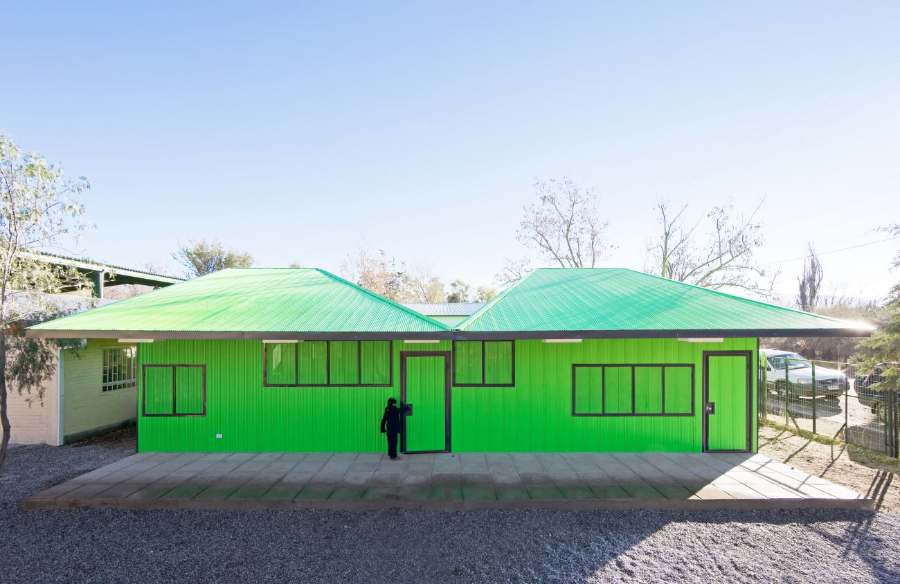 Catch Light Classrooms by LAND Arquitectos | Yellowtrace