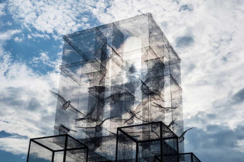 39 incipit 39 wire mesh sculpture by edoardo tresoldi for Architecture art