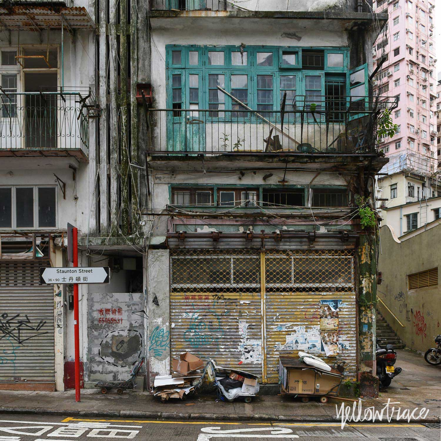 Hong Kong Mid Levels, Photo © Nick Hughes | Yellowtrace