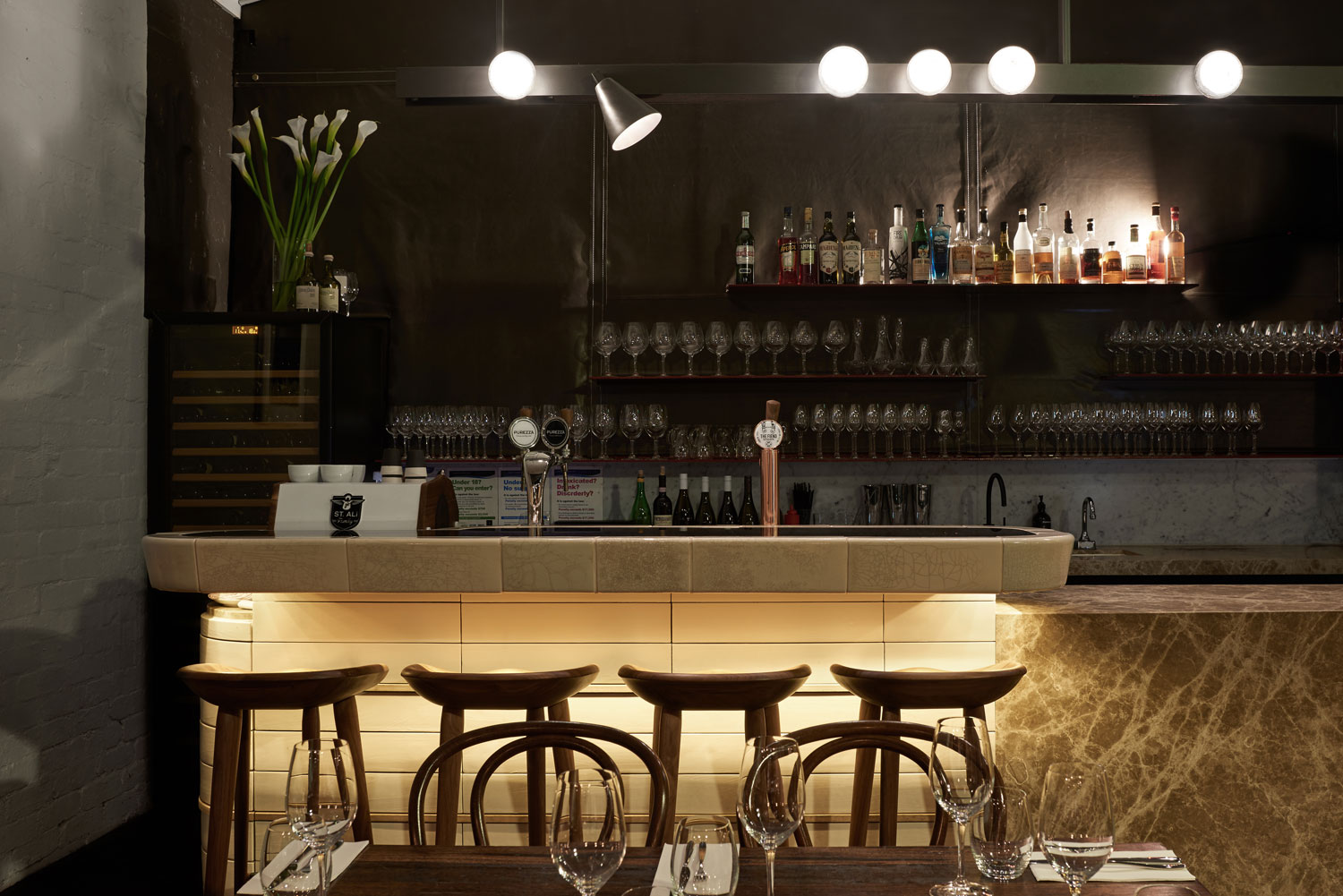 Smalls Bar by Fiona Lynch | Yellowtrace