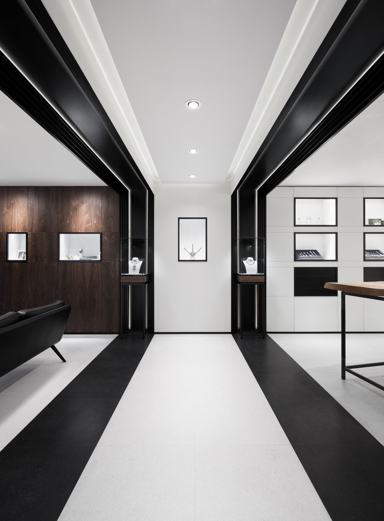 Georg jensen 39 s london boutique by studio david thulstrup for Interior design south london