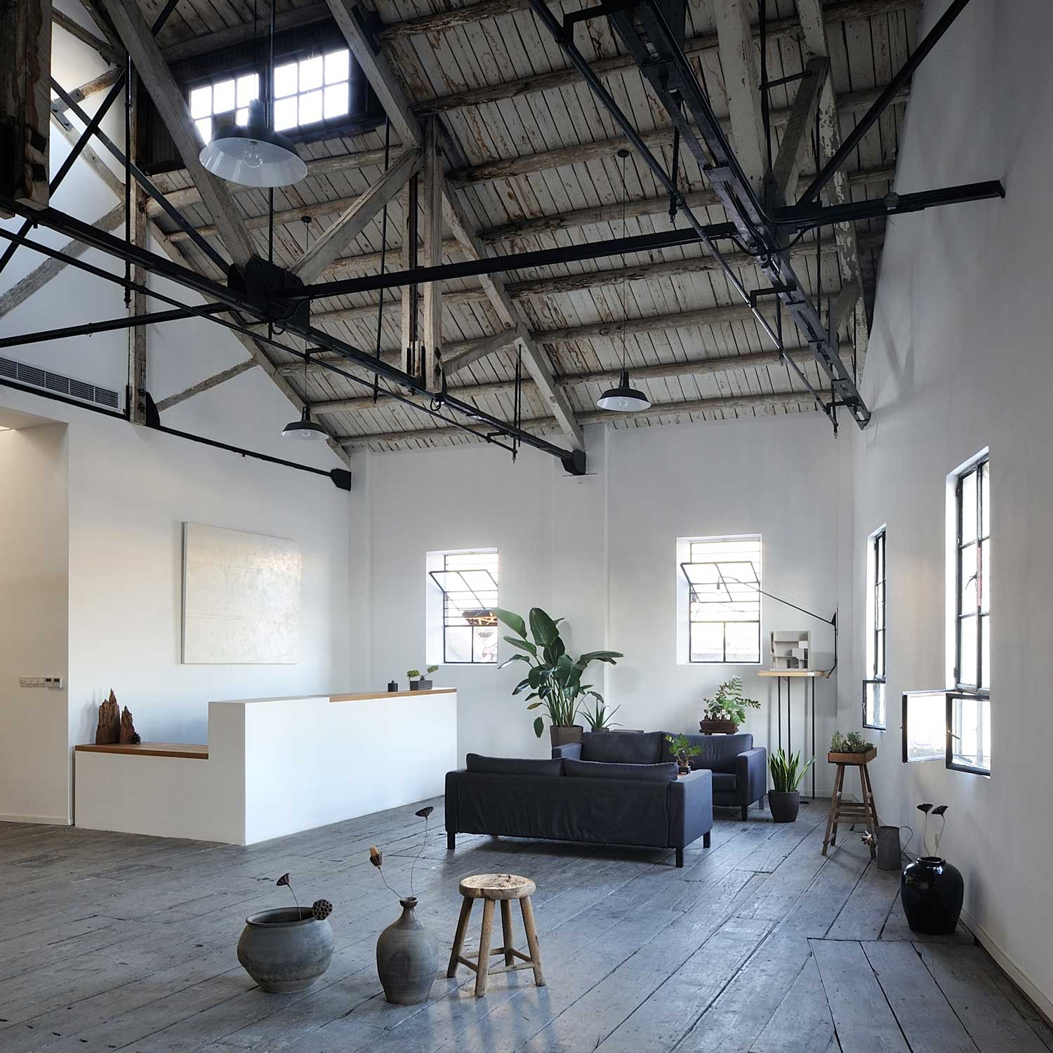 Waimatou Co-working Loft by Natural Build Operation in Shanghai China | Yellowtrace